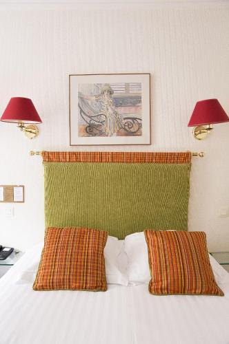 New Orient Hotel photo 29