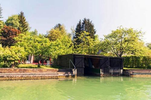 Badehaus Sattnitz, Pension in Klagenfurt