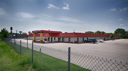 . Red Coach Inn