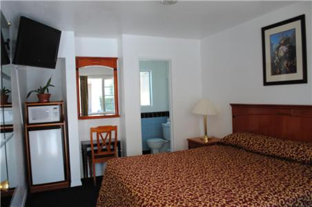 Rose Bowl Motel - Los Angeles, CA 90041