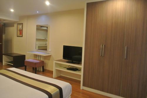 Nanatai Suites photo 4