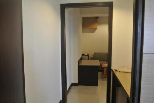 Nanatai Suites photo 17