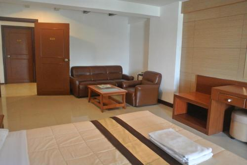Nanatai Suites photo 24