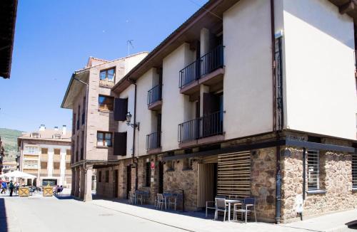 . Apartamentos Ubaga