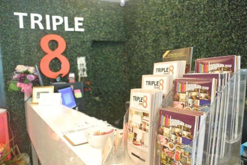 Triple 8 Inn Bangkok photo 10