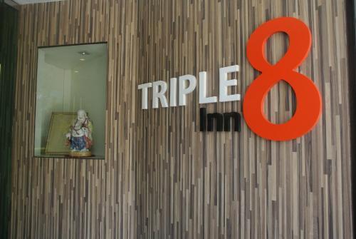 Triple 8 Inn Bangkok photo 13