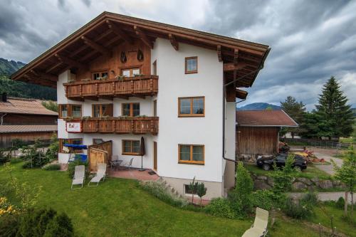 Ferienwohnungen Bauernhof Andreas Kleiner - Apartment - Tannheim