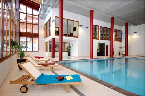 Appart'Hotel Prestige Odalys Eden - Accommodation - Arc 1800