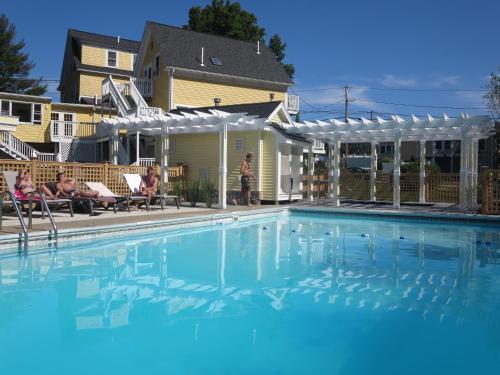Admiral's Inn Resort - Ogunquit, ME 03907