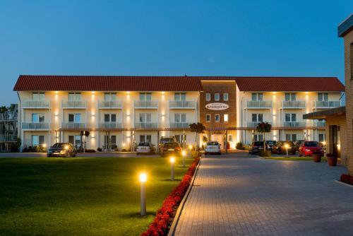 . Komforthotel Butjadinger Tor
