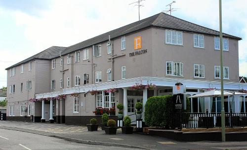 The Falcon Hotel, Farnborough