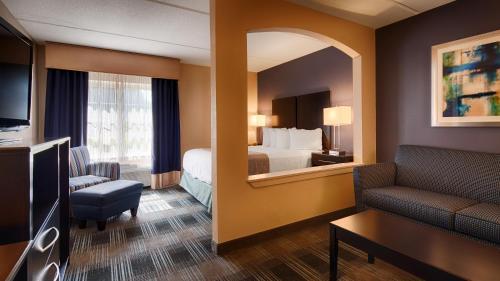 Best Western Hartford Hotel & Suites - Hartford, CT 06114