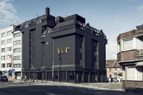 . YUP Hotel