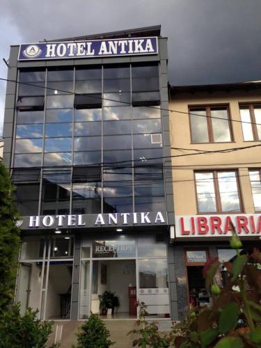 . Hotel Antika