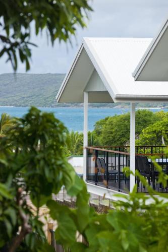. Island Villas & Apartments