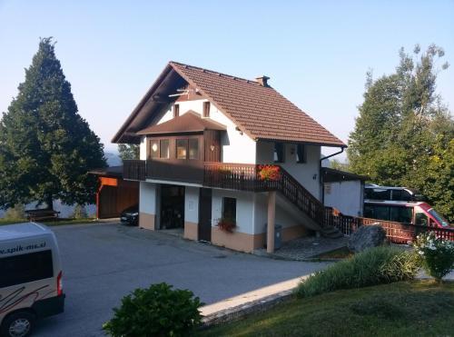 . Apartments Špik