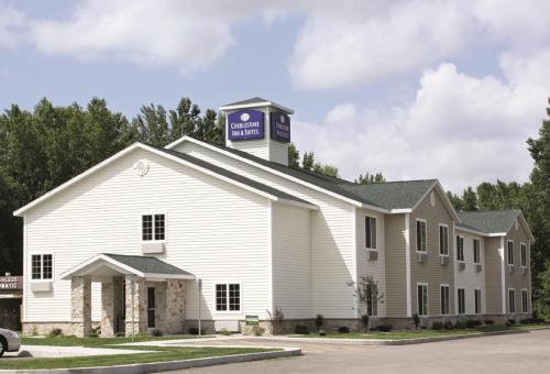 . Cobblestone Inn & Suites - Brillion