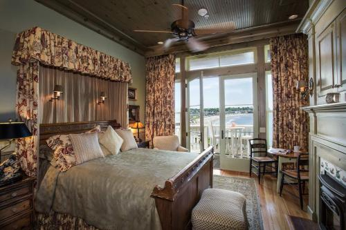 Block Island Ocean Villa
