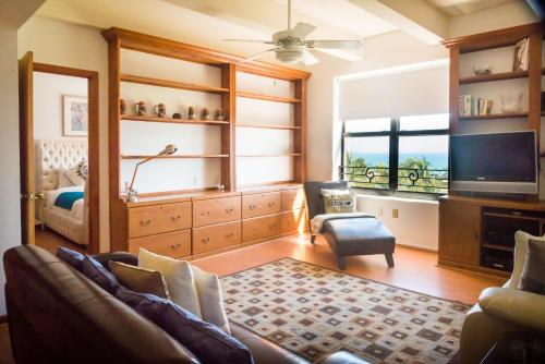 Netherland Two Bedroom Apartments By Royal Stays