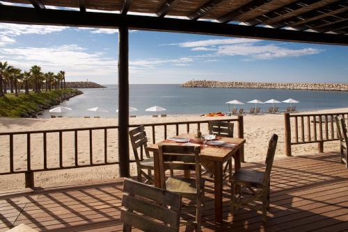 Tiburon Sin Numero, La Playita, San Jose Del Cabo Los Cabos, Baja California Sur 23403, Mexico.