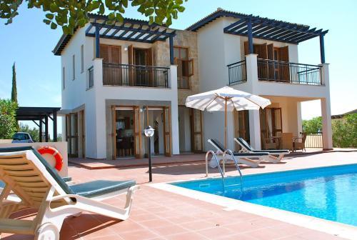3 bedroom Villa Oleander with private pool and garden, Aphrodite Hills Resort