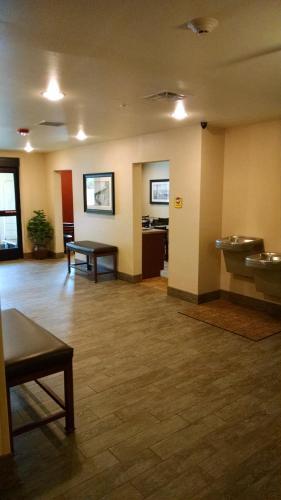 My Place Hotel-Pittsburgh North/Monaca PA - Monaca, PA 15061