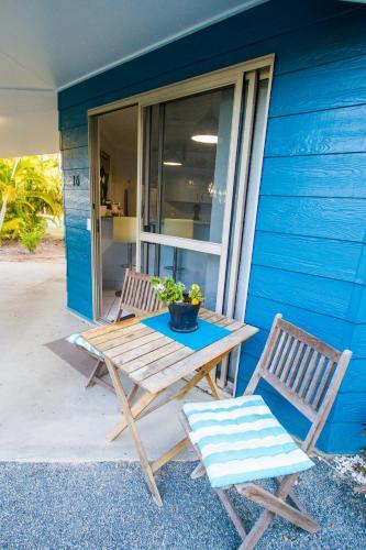 Фото отеля Boyne Island Motel and Villas