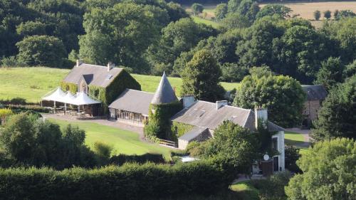 __{offers.Best_flights}__ Hotel du Golf de Clécy
