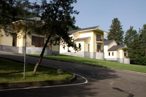 Hotel Dilijan Resort - Photo 5 of 83