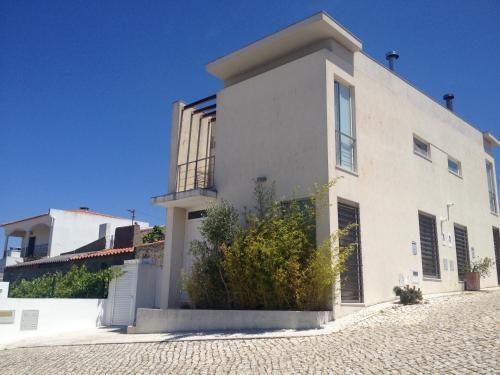 Bird House, Pension in Sesimbra