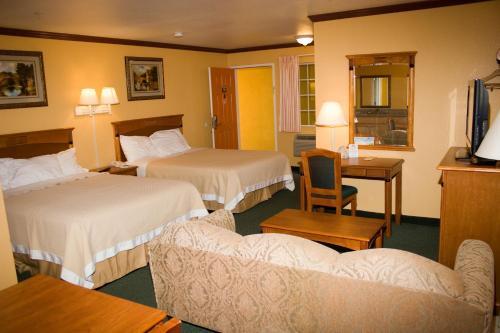 Days Inn By Wyndham King City - King City, CA 93930