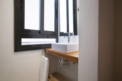 Tendency Apartments - Sagrada Familia photo 2