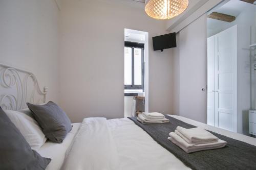 Tendency Apartments - Sagrada Familia photo 11