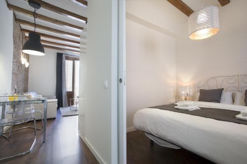 Tendency Apartments - Sagrada Familia photo 12