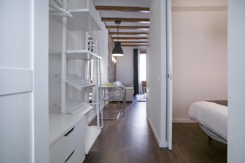 Tendency Apartments - Sagrada Familia photo 15