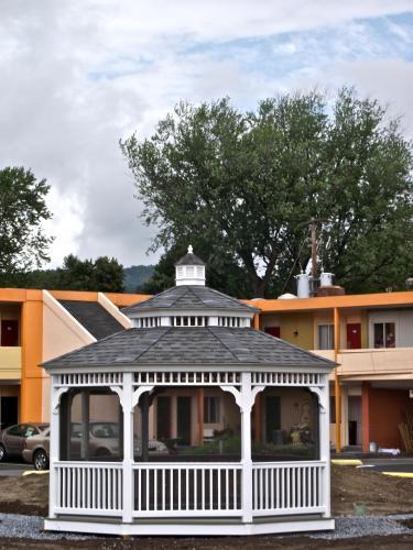 Americas Best Value Inn Harrisburg - Harrisburg, PA 17110
