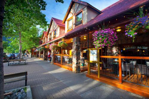 Bayshore Inn & Spa