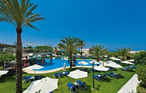 . Selini Suites & Waterpark