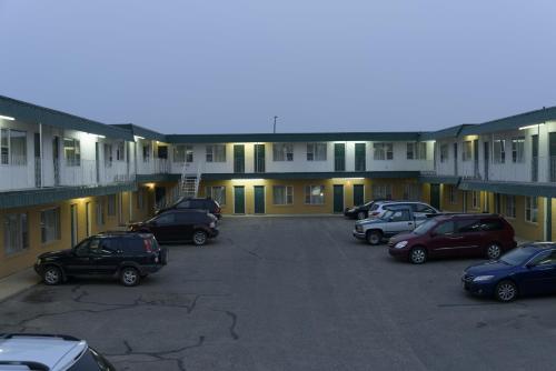 Sun-Dek Motel - Medicine Hat, AB T1A 7Y3
