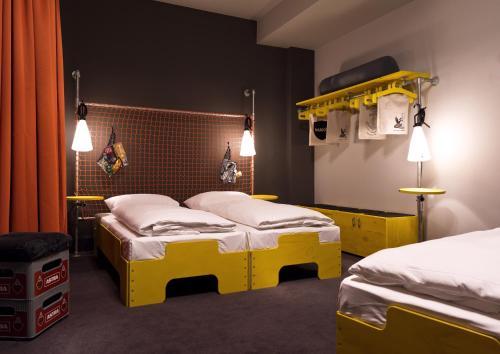 Superbude Hotel Hostel St.Pauli photo 8