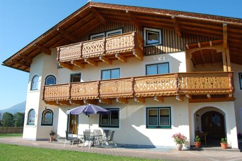 Landhaus Brugger - Apartment - Saalfelden am Steinernen Meer