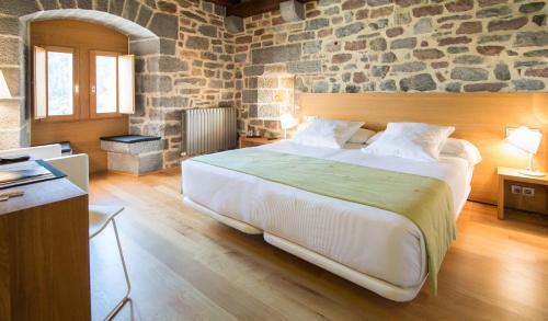 Double Room Hotel Rural Torre De Uriz 25