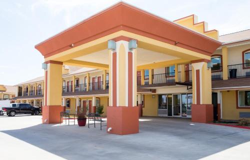 Sands Inn Suites