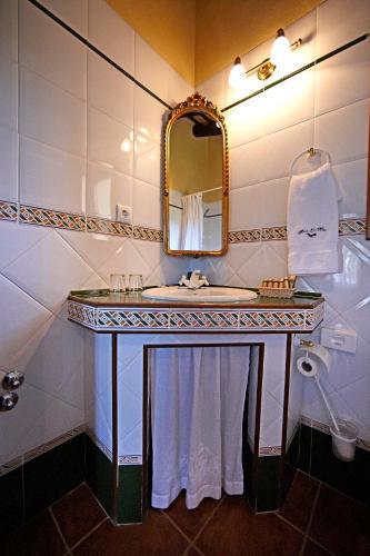Junior Suite mit Balkon - Einzelnutzung Hotel Rural Masía la Mota 17