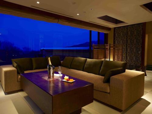 Panorama View Suite