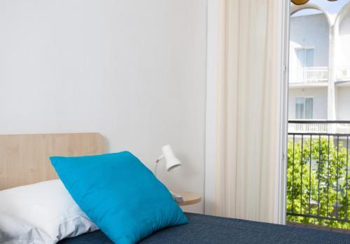 Hotel esedra milano marittima offerte speciali e sconti for Cieffe arredi di chiappini federico rimini