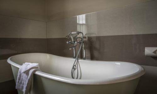 Photo - Washingborough Hall Hotel