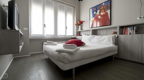 Hotel Italianway Apartments - Settembrini 1