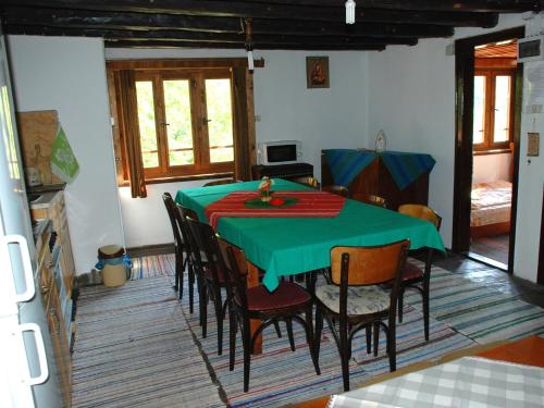 Guest House Four Pines