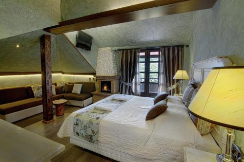 . Aroma Dryos Eco & Design Hotel